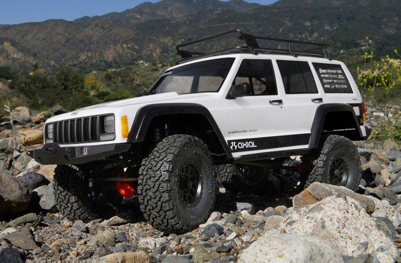 Chwalebne Axial Racing AX90046 - 1/10 SCX10 II 2000 Jeep Cherokee Off-Road RO67