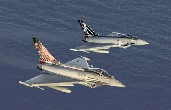 Italeri 1406 - 1/72 EF-2000 100th Anniversary Gruppi Caccia Special Colors (2 Models for 4 Versions)