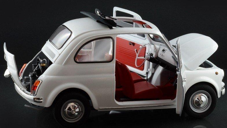 ITALERI 4703 Fiat 500 F 1968 1:12